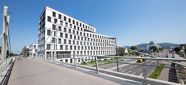 Stadttor (Foto: Buck)/Quelle:https://www.google.com/url?sa=i&source=images&cd=&cad=rja&uact=8&ved=2ahUKEwiHiPWq05zfAhUC_qQKHa1xDkEQjB16BAgBEAQ&url=https%3A%2F%2Fwww.heidelberg.de%2F%2CLde%2F968087.html&psig=AOvVaw275wvbD7GY_3U8fdLknp87&ust=1544785136877340